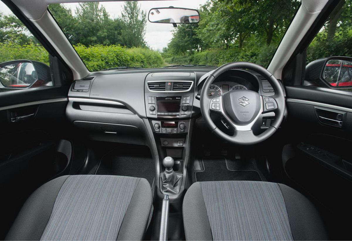 2013-Suzuki-Swift-Facelift-Interiors