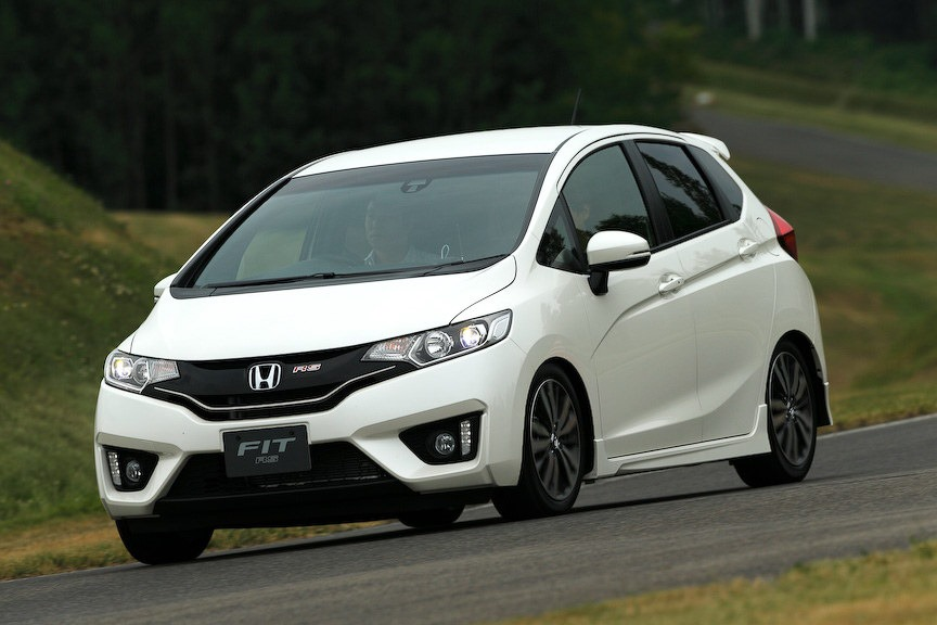 new 2014 honda jazz showcased pics and details. Black Bedroom Furniture Sets. Home Design Ideas