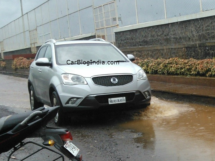Ssangyong-Rexton-India (2)