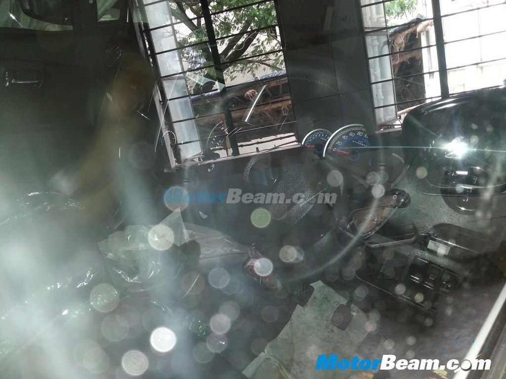 Maruti-Suzuki-WagonR-Stingray-India (3)