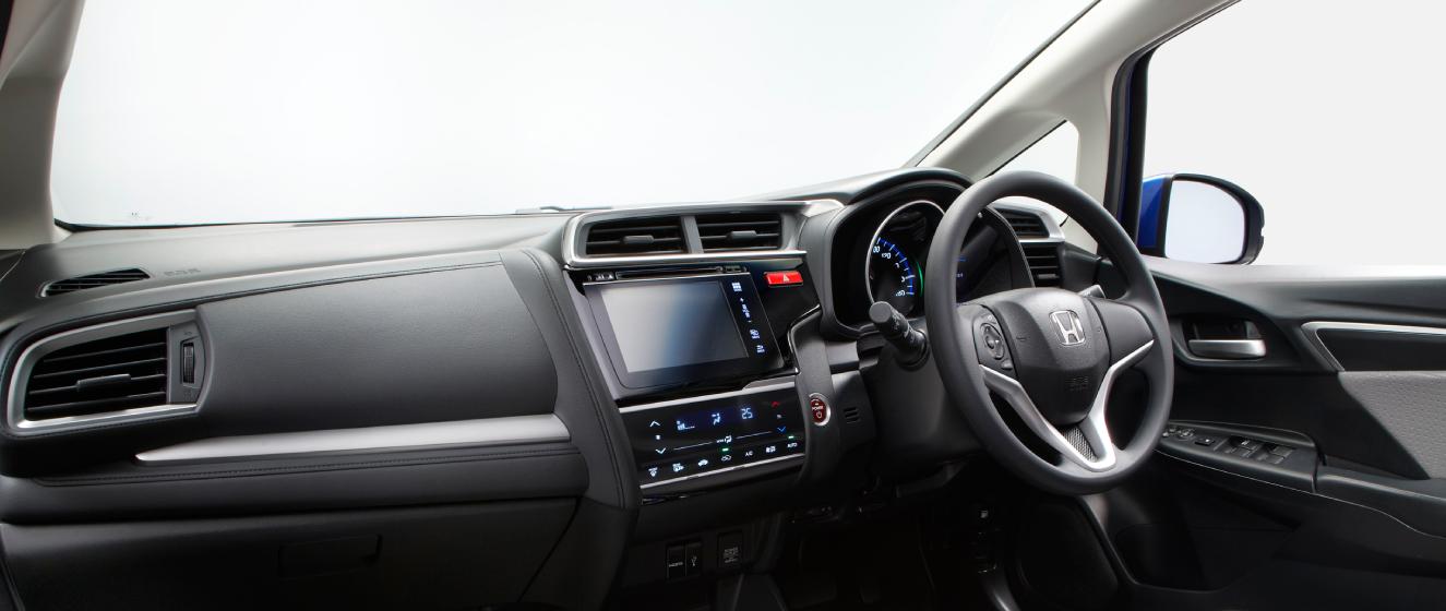 New-2014-Honda-Jazz-dashboard