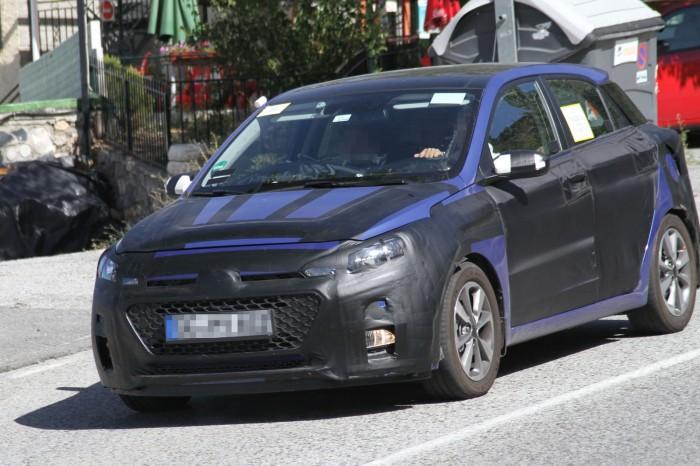 Next-Gen-Hyundai-i20-spy-pics (2)