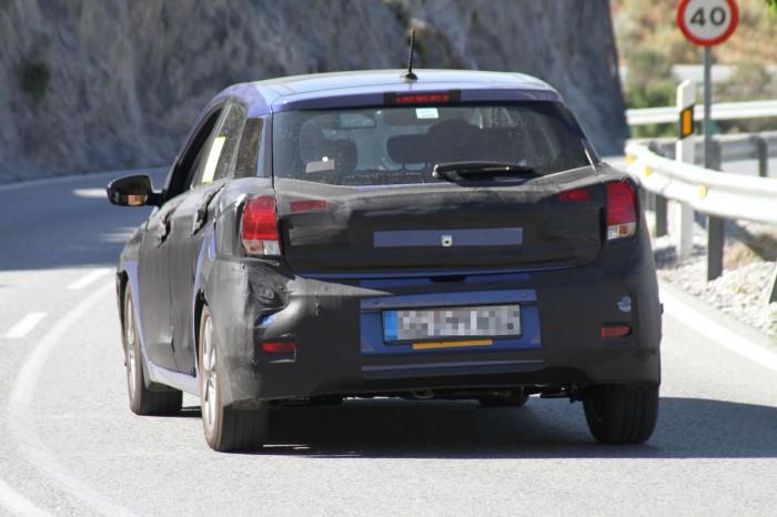 Next-Gen-Hyundai-i20-spy-pics (3)