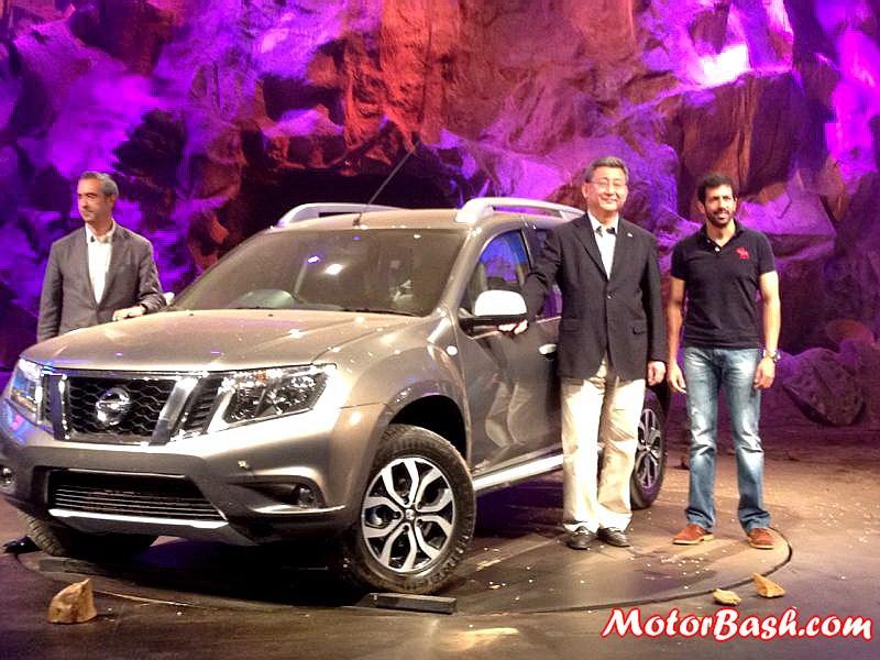 Nissan-Terrano-Unveiling-Pics (4)