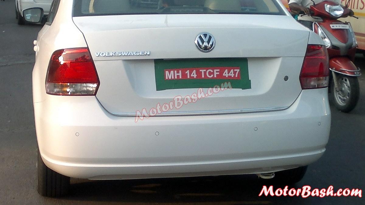 Volkswagen-Vento-Rear-Spy-Pic (3)