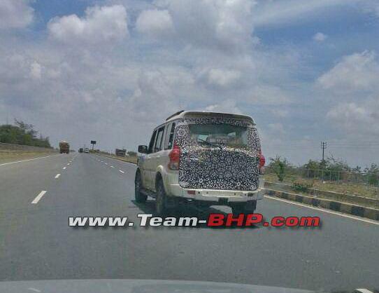 2014-Mahindra-Scorpio-facelift-rear