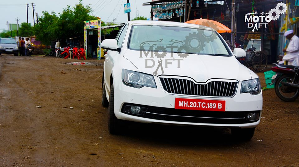 2014-Skoda-Superb-Facelift-India-front