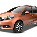 Beware Ertiga! You Are at Shooting Line; Mobilio Deliveries Start From February 2014