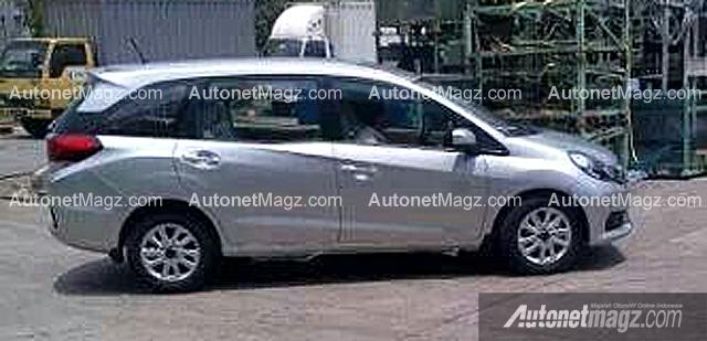 Honda-Mobilio-Spied-Indonesia