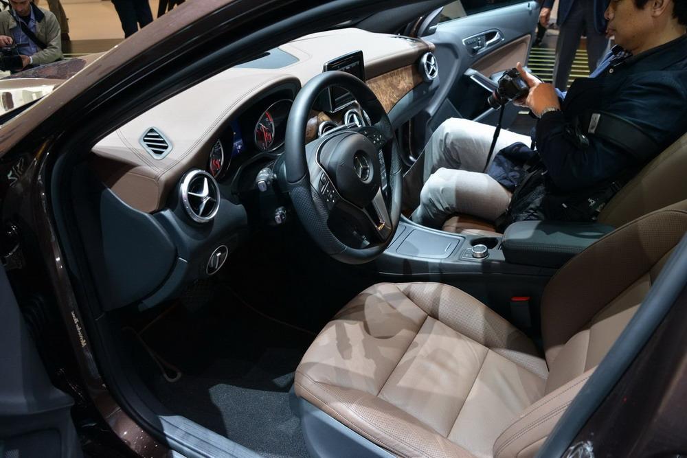 Mercedes-GLA-Class-Pics (1)