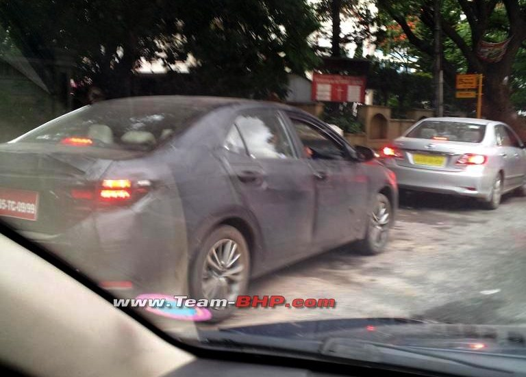 New-2014-Toyota-Corolla-India-Spy-Pic (4)