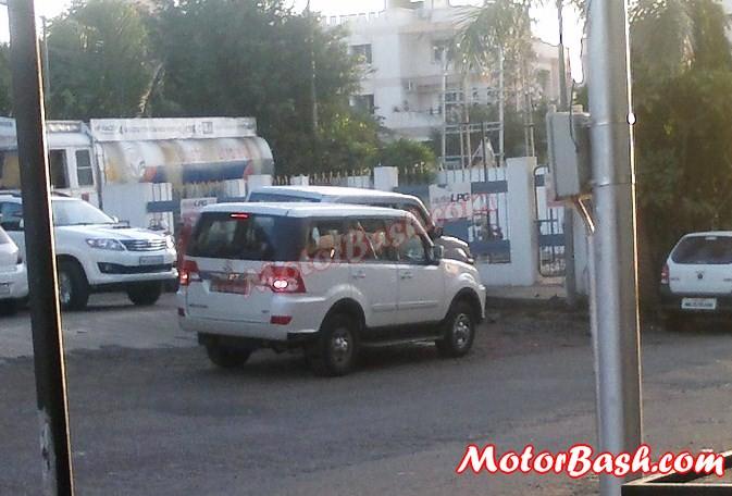 Tata-Sumo-Grande-Facelift-Spy-Pics (4)