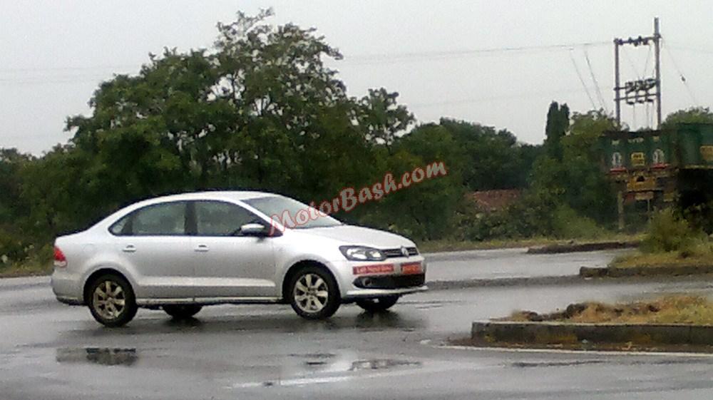 VW-Polo-Sedan-Vento-LHD (1)