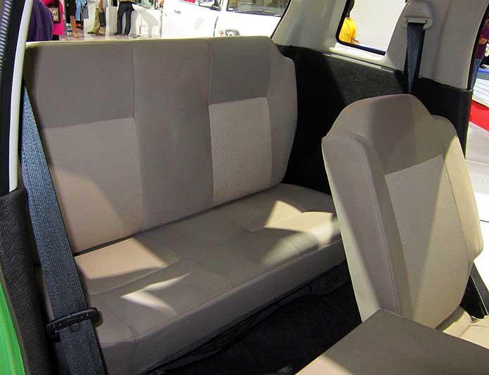WagonR-7-Seater-MPV (3)