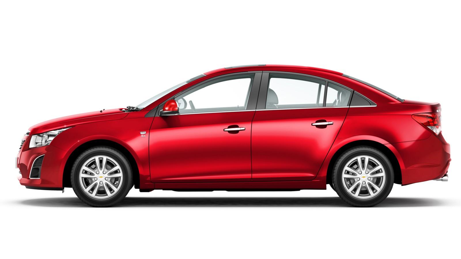 2013-Chevrolet-Cruze-Facelift-Pics (4)