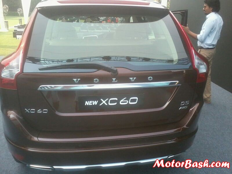 2014-Volvo-S60-XC60-Facelift-India-Launch_05