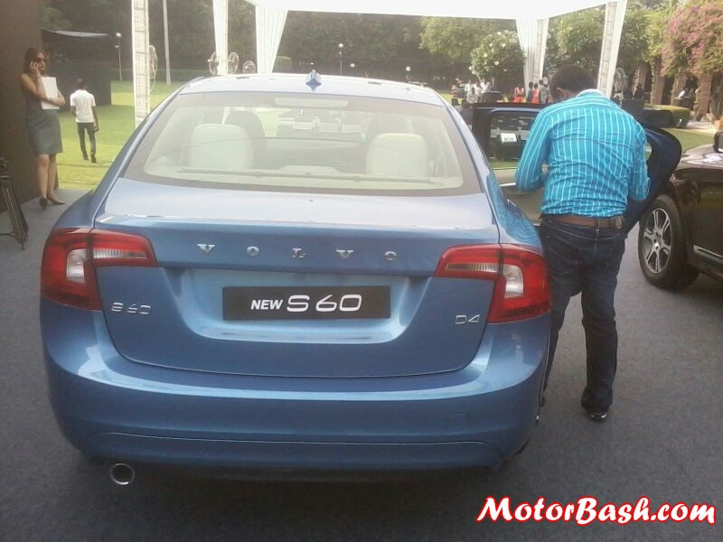 2014-Volvo-S60-XC60-Facelift-India-Launch_06