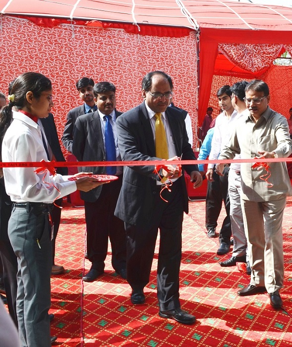 Fiat-DRS-Motors-Faridabad-Launch (2)