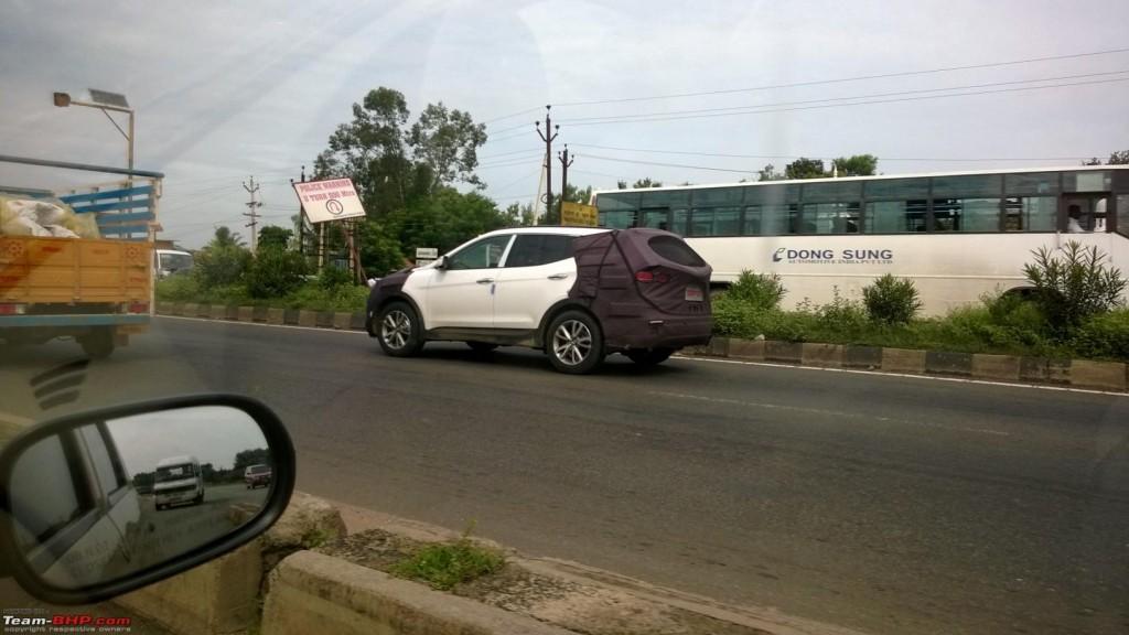 Hyundai Santa Fe Spied