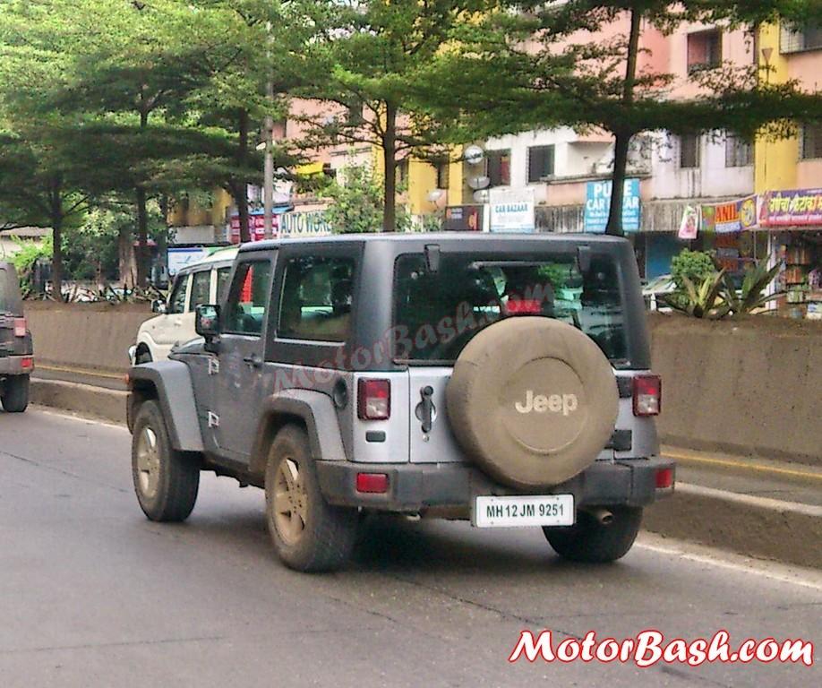 Upcoming 2 Door 4 Door Jeep Wrangler Spied In India Launch Soon