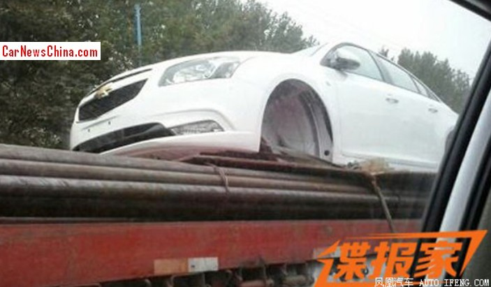 hevrolet-cruze-facelift-spotted-in-china