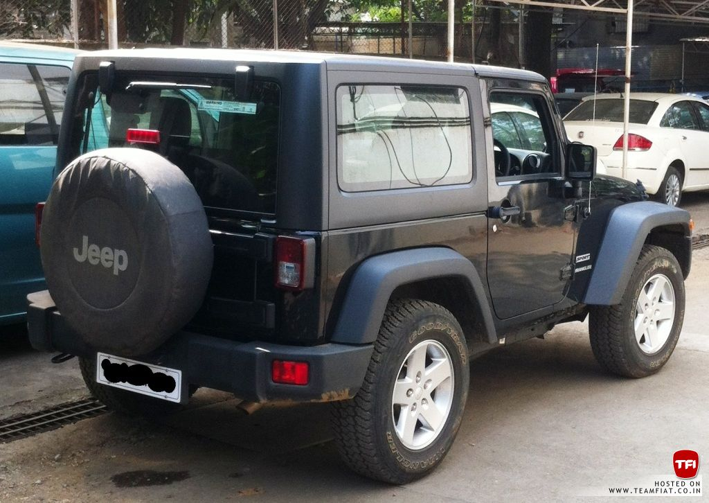 2 door jeep wrangler sport spotted in india launch soon. Black Bedroom Furniture Sets. Home Design Ideas