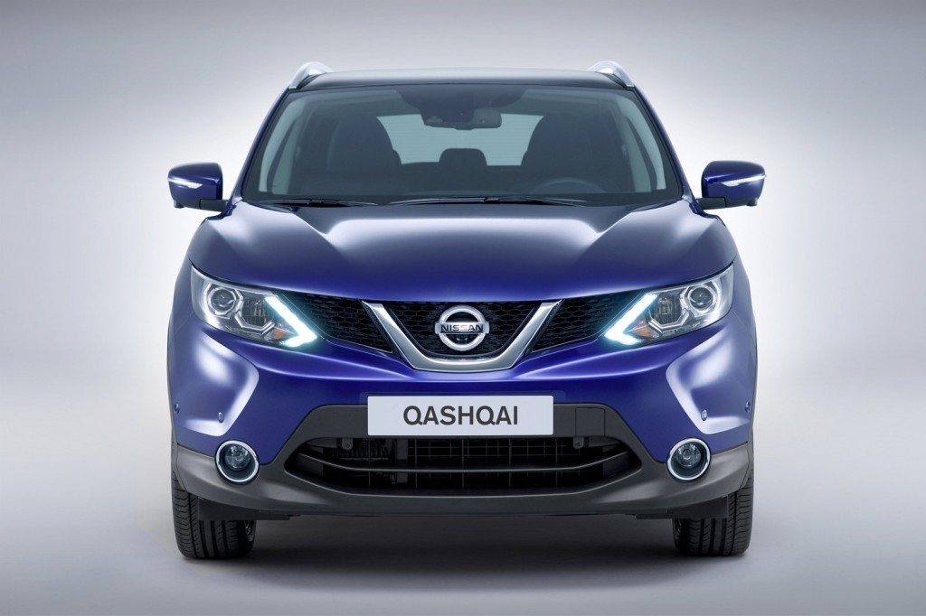 2014-Nissan-Qashqai-Front