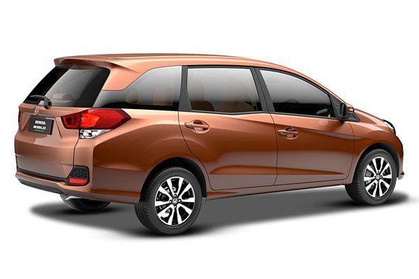 Honda-Mobilio-MPV-Pic (2)