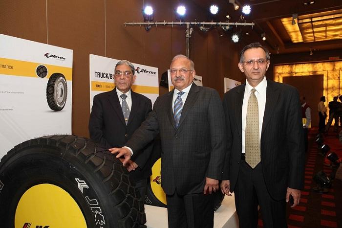 JK-Tyre-ultima-neo-sport-ux1-launch (2)