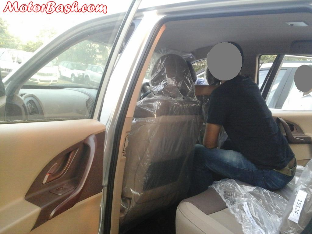 Interior Exterior Pics Of New Xuv500 39 W4 39 All Details Price