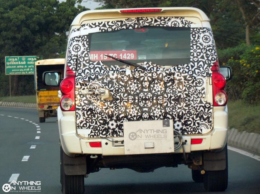 2014-Mahindra-Scorpio-facelift-spy-pics (1)