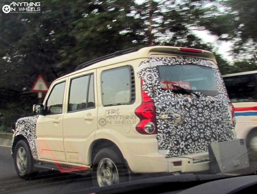 2014-Mahindra-Scorpio-facelift-spy-pics (2)