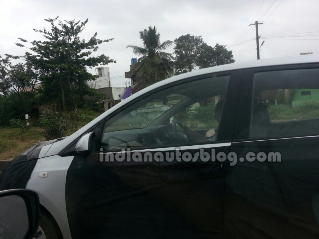 Hyundai-Grand-i10-Sedan-Spy-Pic-Ascent (1)