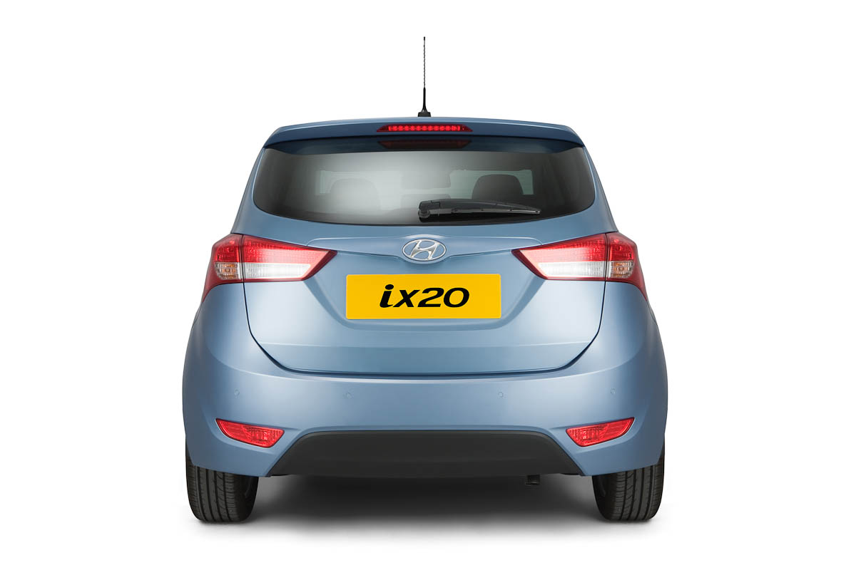 Hyundai-ix20-mpv-rear