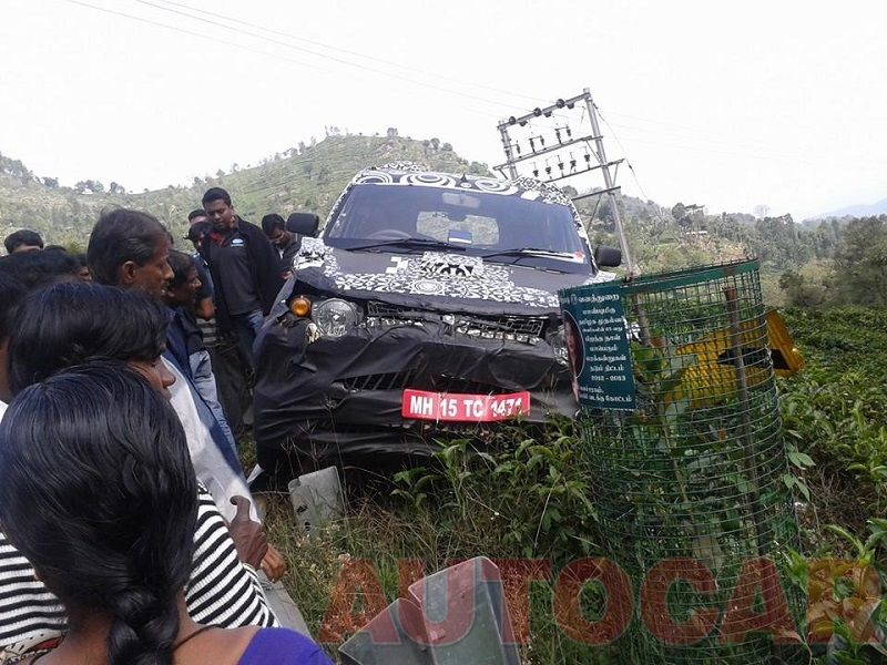 Mahindra-S101-Crash-Spy-Pics (3)