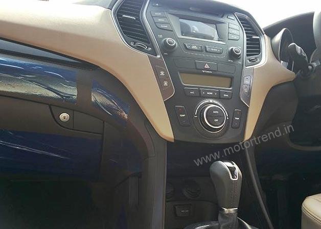 Hyundai-Santa-Fe-Interiors