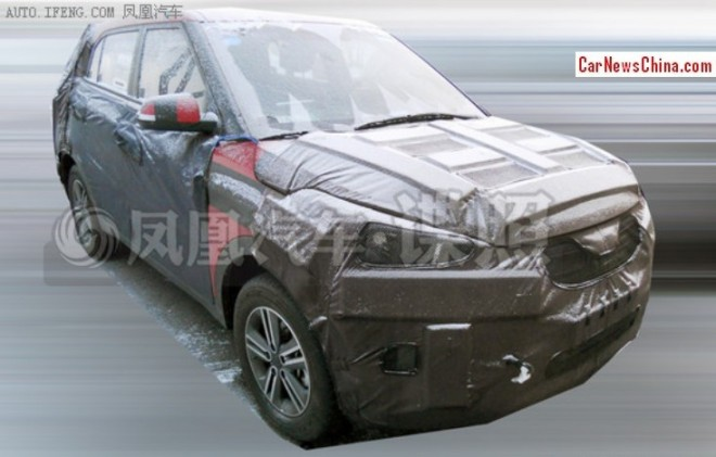 Hyundai-ix25-spied-in-China