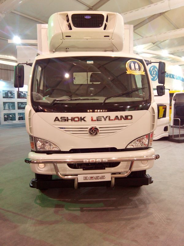 Ashok-Leyland-BOSS-Truck-at-Auto-Expo