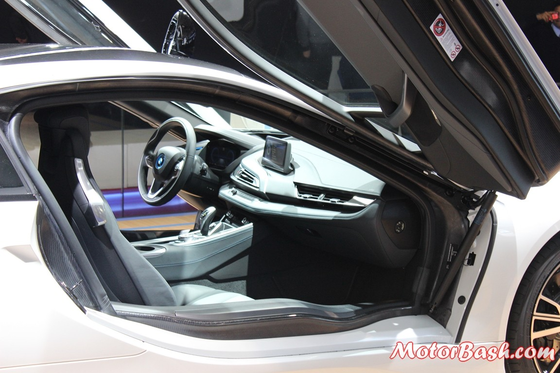 BMW-i8-pics-india-interiors
