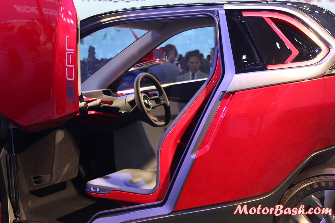 Bajaj-U-Car-Concept-scissor-doors