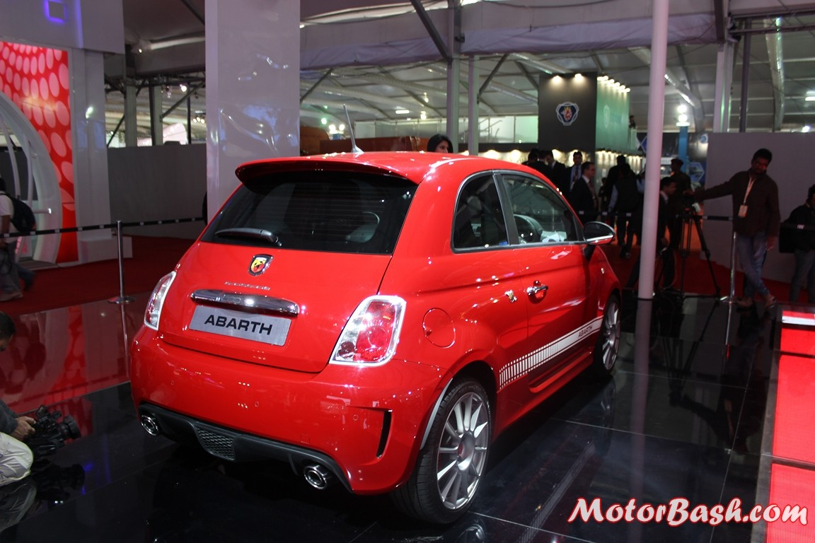 Fiat-500-Abarth-Pics-red-rear