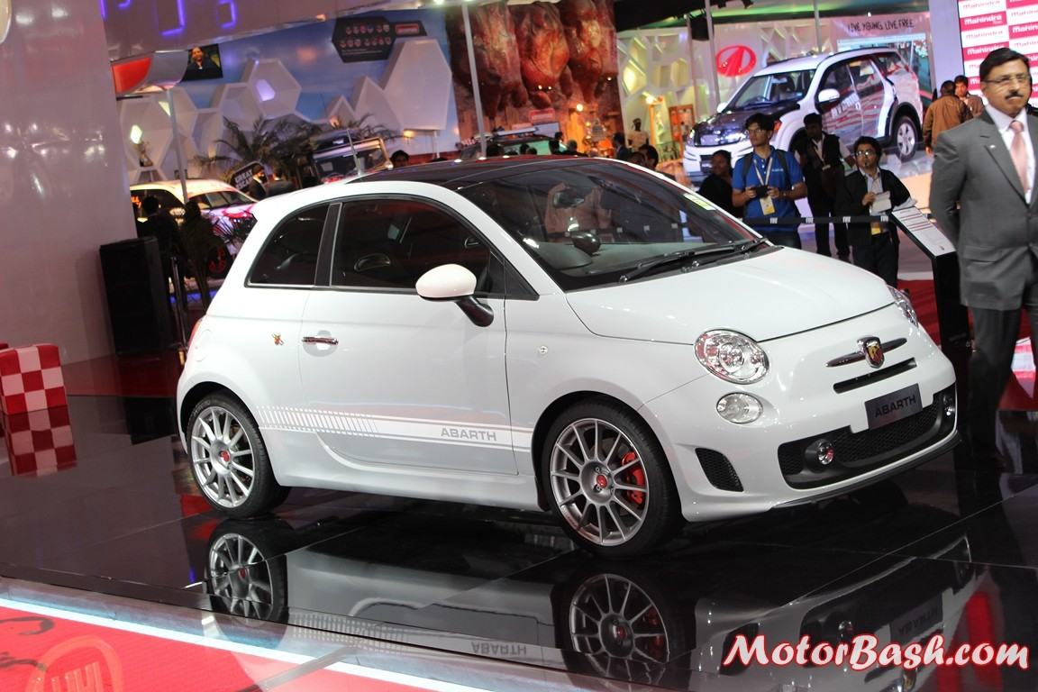 Fiat-500-Abarth-Pics-side