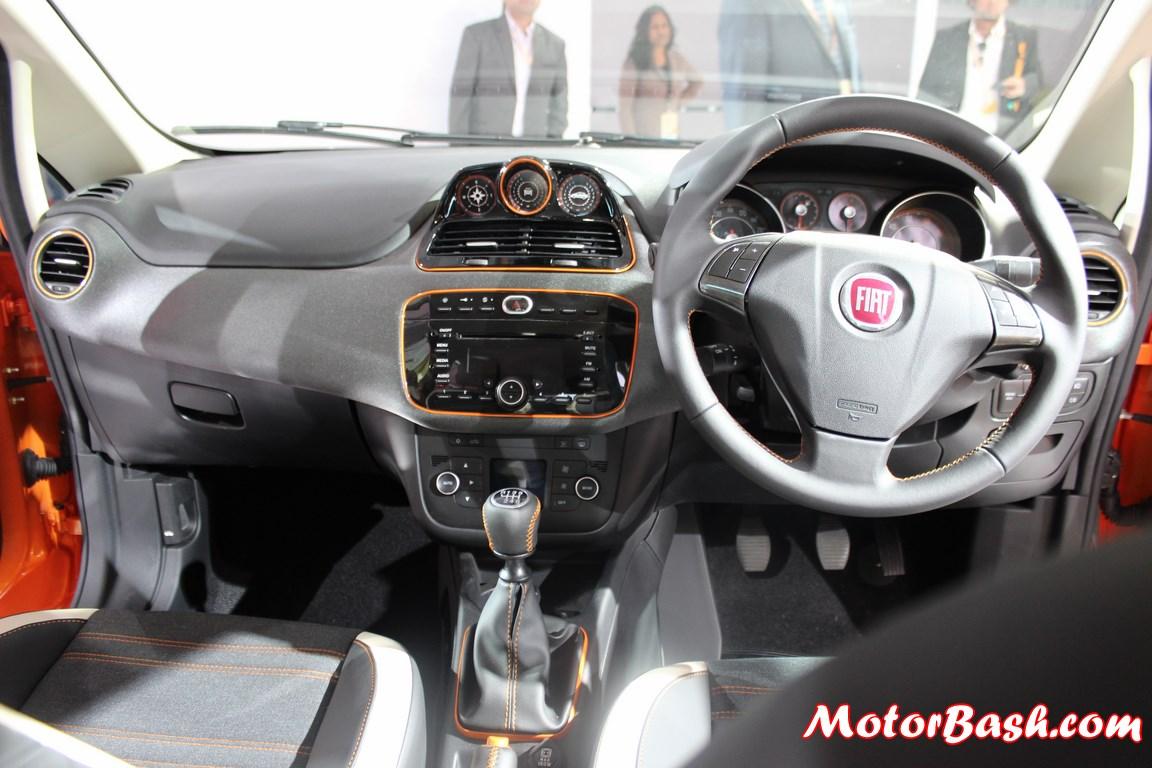 Fiat Avventura Crossover Interior Pic