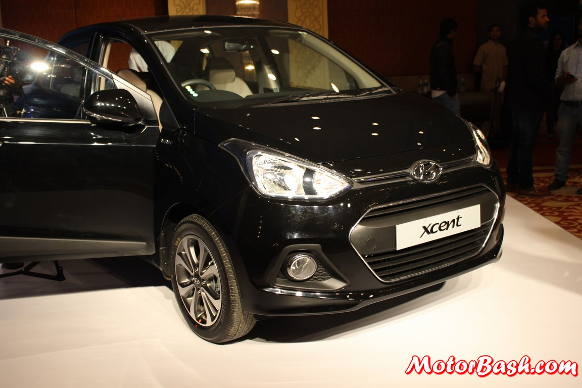 Hyundai-Xcent-Pics-front-black