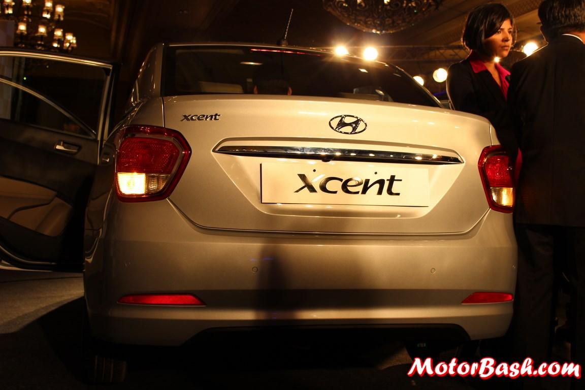 Hyundai-Xcent-rear-Pics