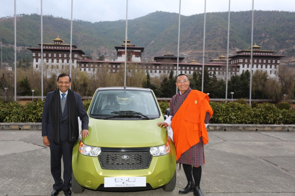 Mahindra-Reva-Launches-e2o-in-Bhutan
