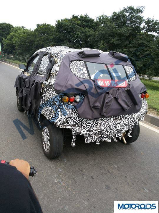 Mahindra-S101-Spied-in-Punjab