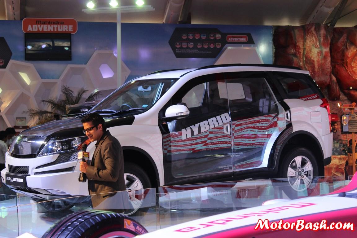 Mahindra-XUV500-Hybrid-Pics (1)