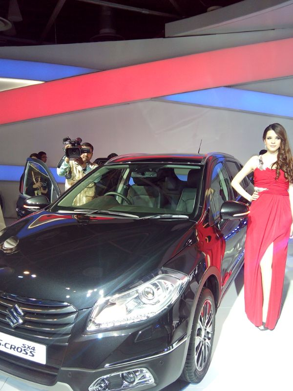 Maruti-Suzuki-S-Cross-Showcased