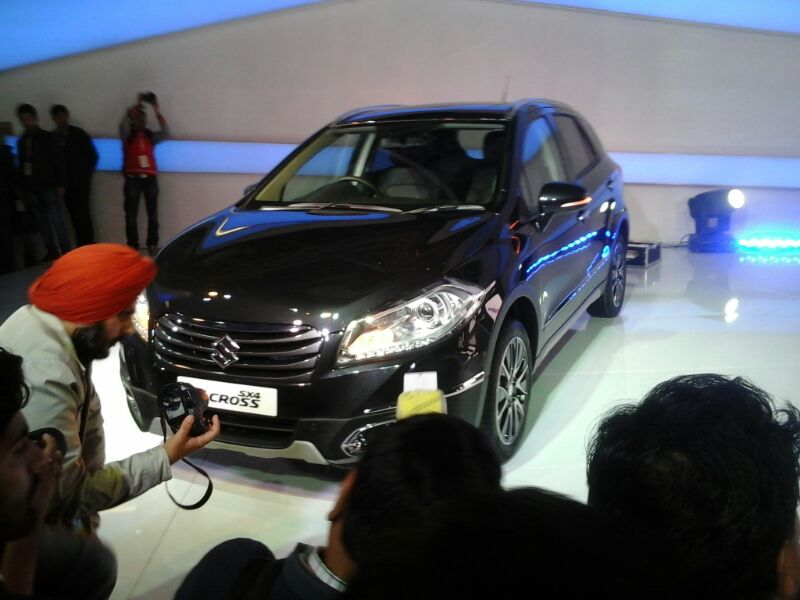Maruti-Suzuki-S-Cross-Showcased (4)